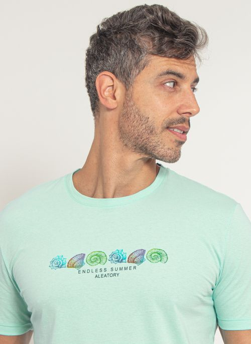 camiseta-aleatory-masculino-estampada-loyal-verde-modelo-1-