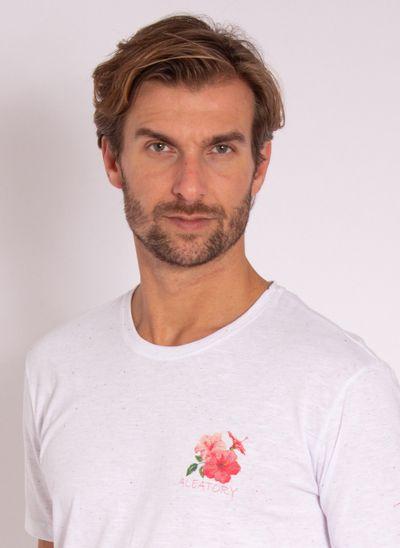 camiseta-aleatory-masculina-estampada-flower-branca-modelo-1-