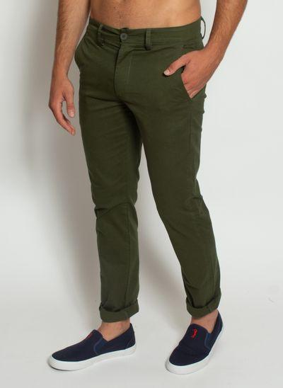 calca-masculina-aleatory-sarja-chino-verde-modelo-2-
