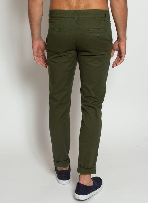 calca-masculina-aleatory-sarja-chino-verde-modelo-3-