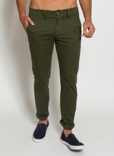 calca-masculina-aleatory-sarja-chino-verde-modelo-1-