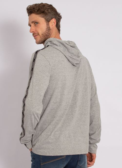 camiseta-aleatory-masculina-manga-longa-com-capuz-cinza-modelo-2-
