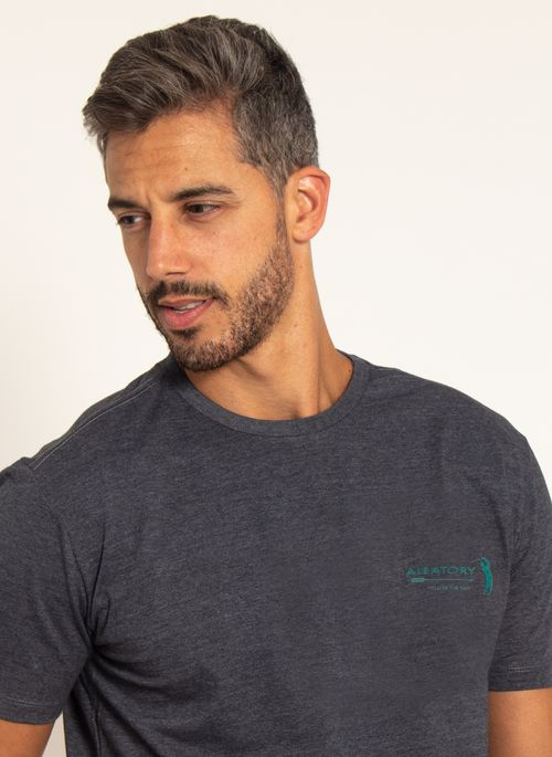 camiseta-aleatory-masculina-estampada-sign-chumbo-modelo-1-