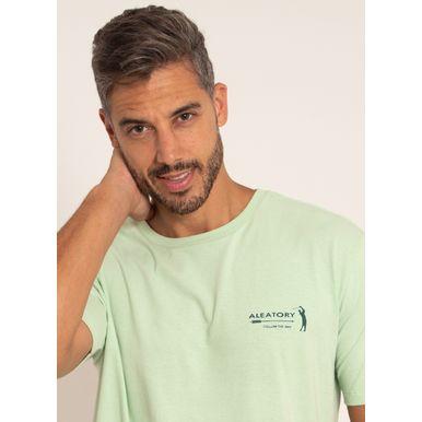 camiseta-aleatory-masculina-estampada-sign-verde-modelo-1-