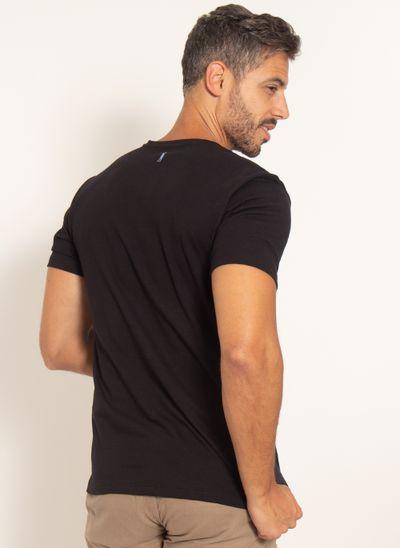 camiseta-aleatory-estampada-est1988-modelo-preto-2-